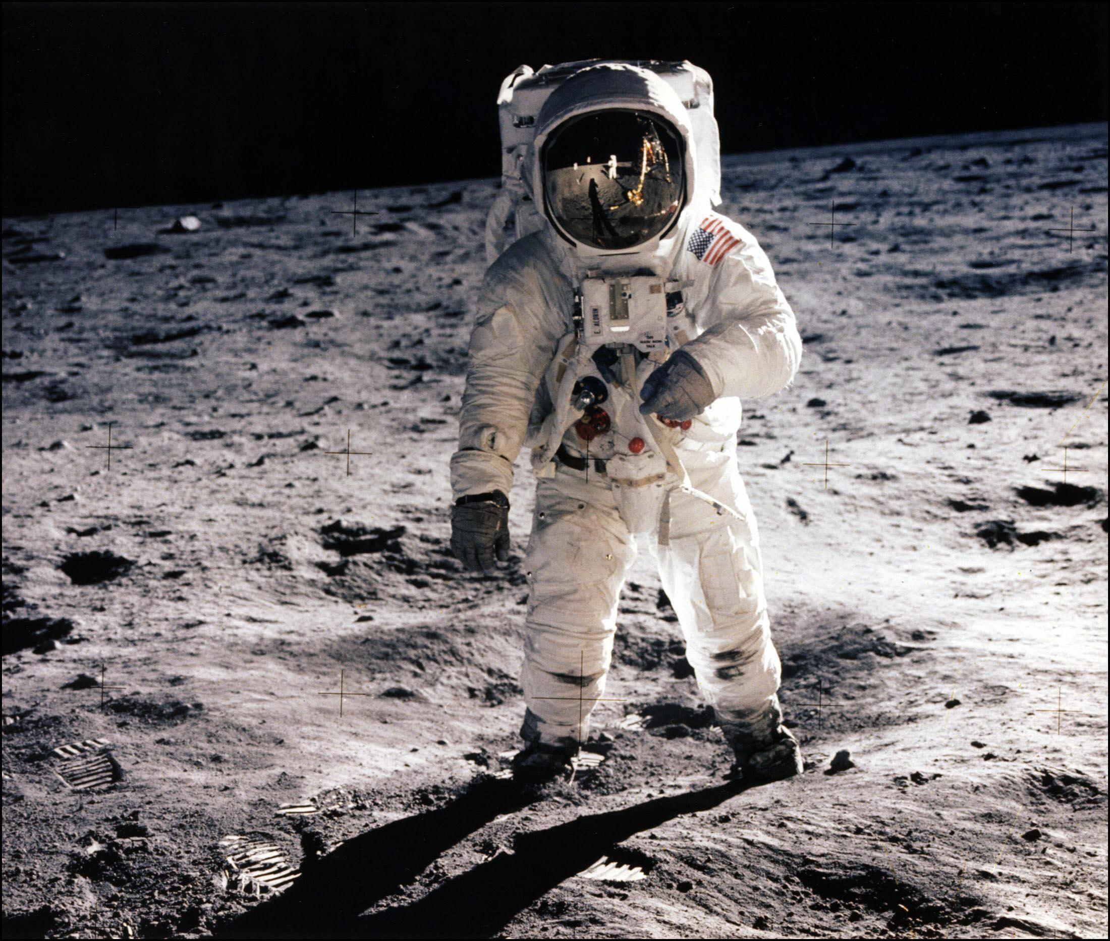特集:アポロ11号 月面着陸から50年