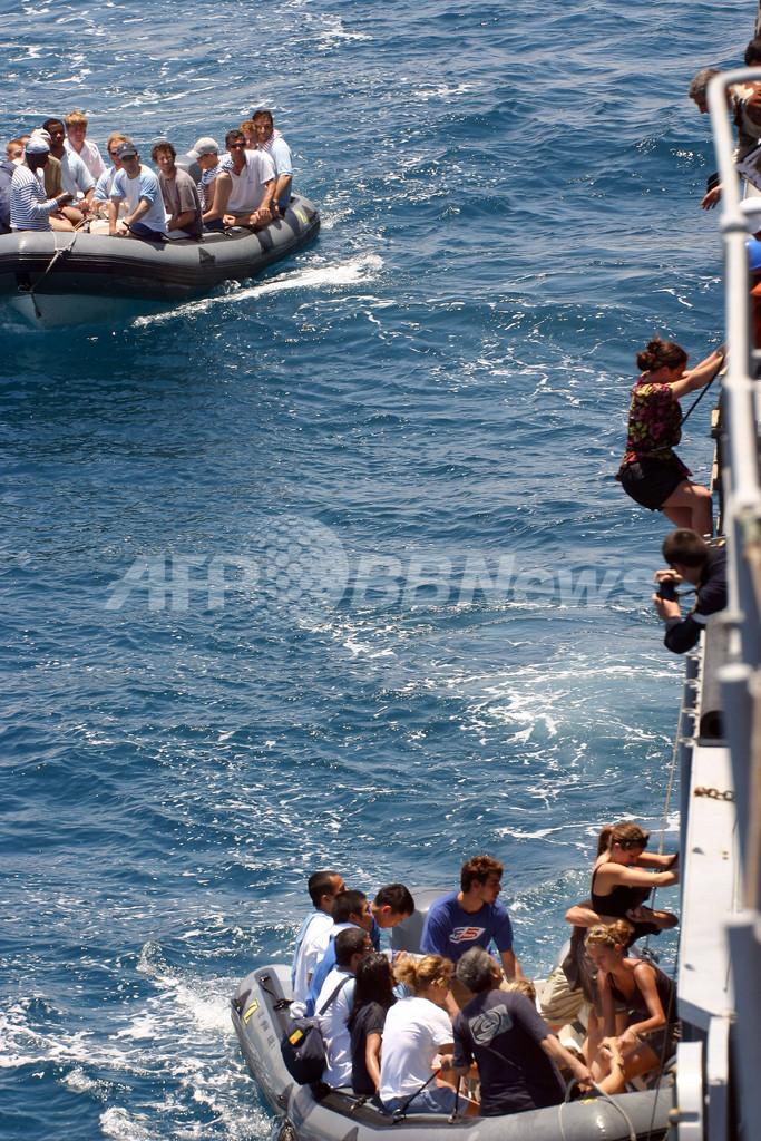 仏帆船乗っ取り事件、仏軍の攻撃で死者3人