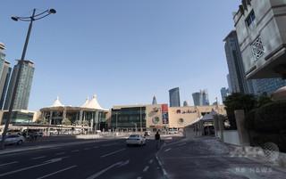 サウジ主導の制裁は「ベルリンの壁より過酷」 カタール