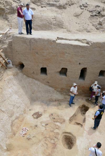 インカ帝国時代の墓を発見、貴族のものか ペルー北部