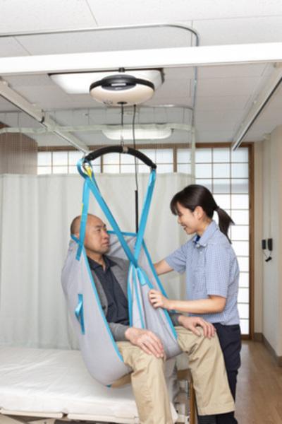 特別養護老人ホーム「海光園」に天井走行式介護リフトシステム「エルゴリフト ルナ」納入