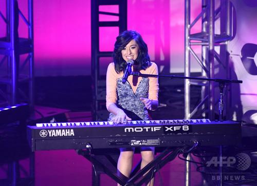 米女性歌手、コンサート会場で銃撃され死亡