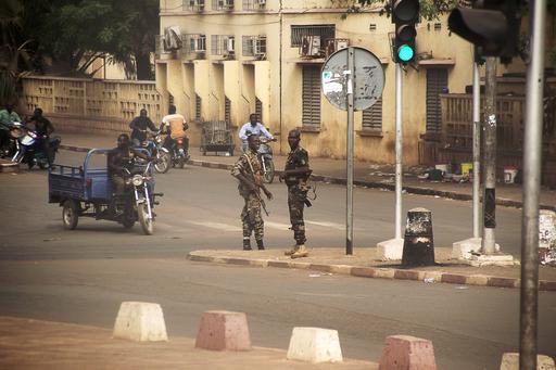 マリでクーデター、反乱軍が大統領府占拠 憲法停止表明