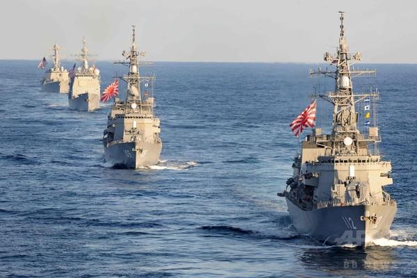 米空母3隻、海上自衛隊と合同演習