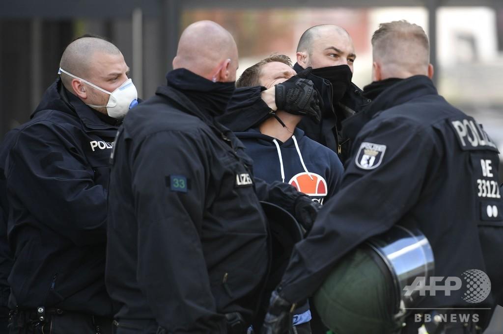 「コロナ・デモ」ドイツで広がる メルケル首相も警戒