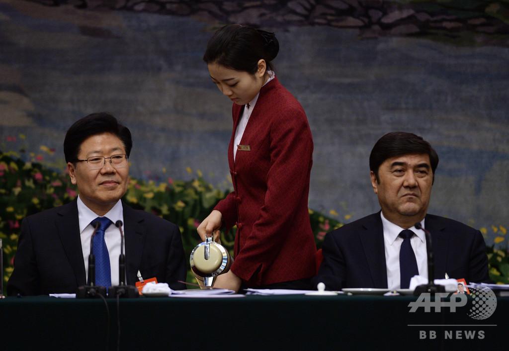 中国、ウイグル人の元高官に収賄罪で無期懲役