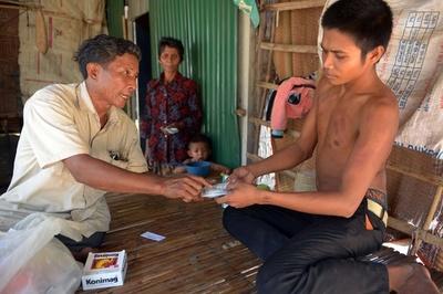カンボジアで無免許医師が信頼される理由