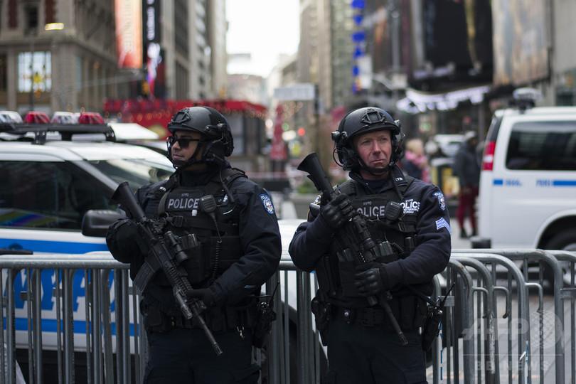 米NY市警、大みそかのタイムズス...