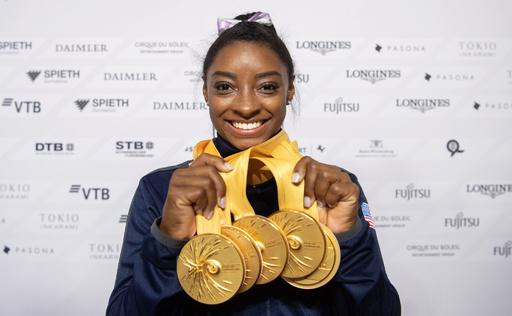 バイルス、金5個で「過去一番」の世界体操終える メダルは最多25個に