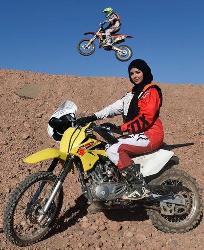 モロッコで増える女性バイカーたち