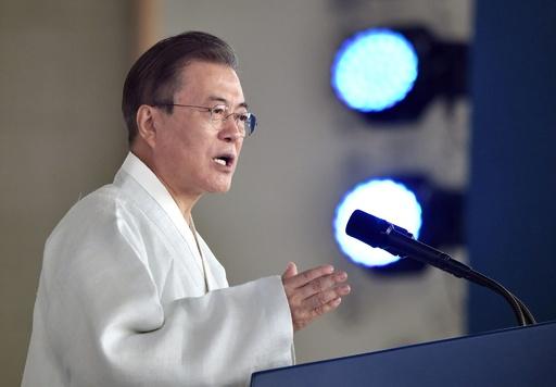 「日本が対話選ぶなら手を取る」韓国大統領、融和姿勢示す