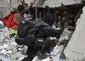 メキシコ地震、小学校で懸命の捜索も難航 死者230人に