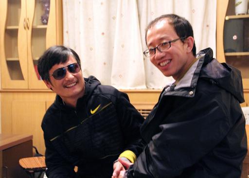 自宅軟禁から脱出の中国・陳氏、米国への亡命は望まず