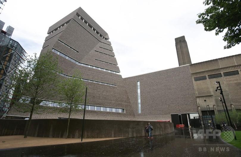 英テート・モダン美術館、新館いよいよオープン