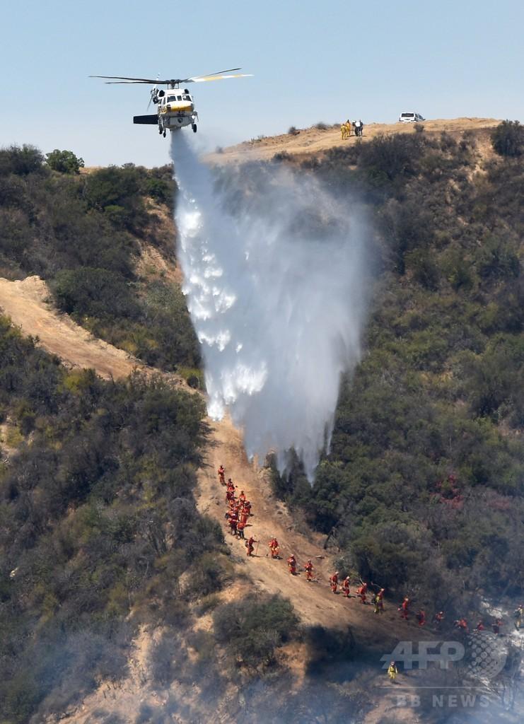 米LA近郊で山火事、高級住宅地の5000人が一時避難