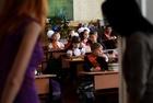 親露派掌握のウクライナ東部、新学期は「統一国家」の授業から