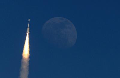 インド、2022年に有人宇宙船打ち上げ ロ米中に次ぎ4番目