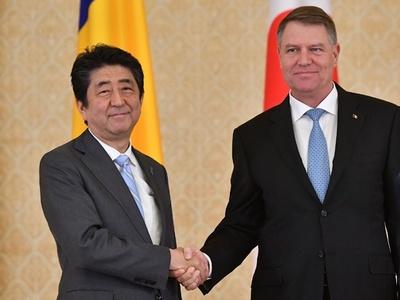 ルーマニア首相辞任で安倍氏会談できず ネットで国民の謝罪相次ぐ