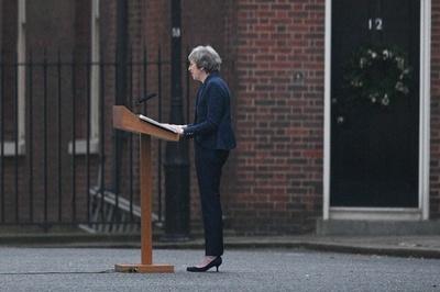英与党が首相不信任投票へ、「自分の全てを賭す」とメイ首相