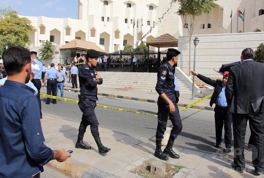 「名誉殺人」で妻と娘らを刺殺、男を訴追 ヨルダン