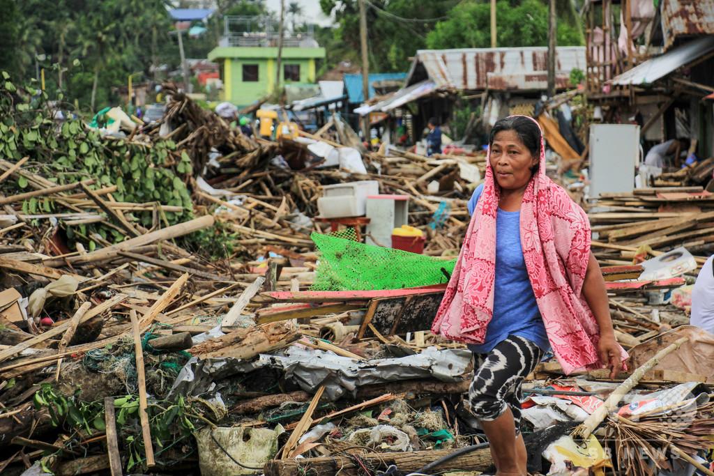 フィリピン北部で洪水、6万6000人避難 過去数十年で最悪の規模
