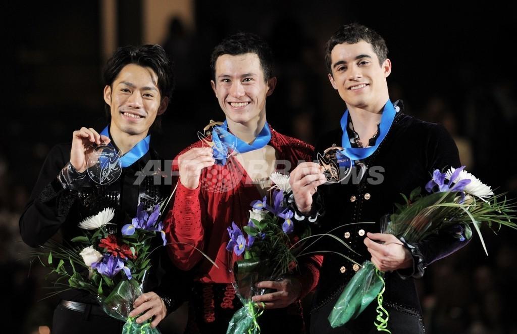 チャンとコストナーが優勝、高橋と鈴木は2位に GPファイナル