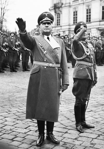 ナチス支配下の生活を再現、リアリティー番組が物議 チェコ
