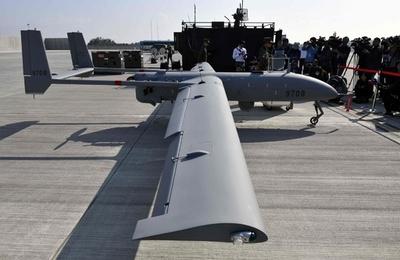 台湾、独自開発の無人偵察機を初公開 中国との緊張高まる中