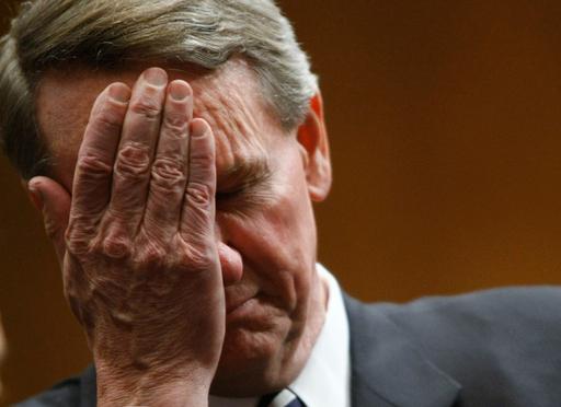 ビッグスリー救済めぐる米上院公聴会再開
