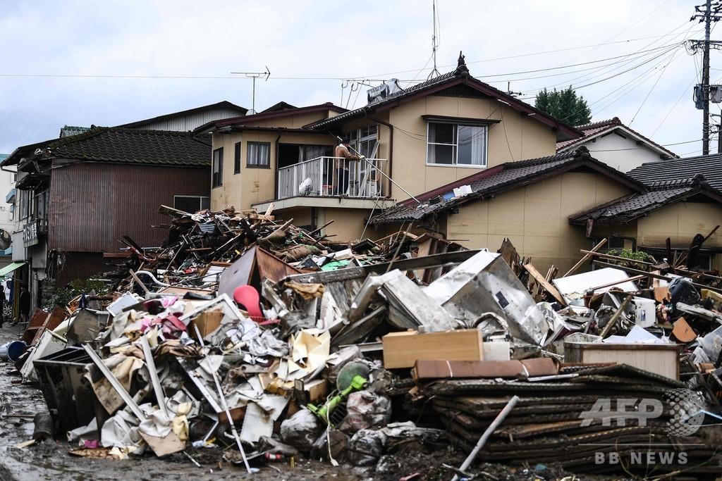 九州などの豪雨、孤立地域で救助続く 死者58人に