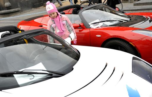 「高級住宅購入で新車プレゼント」、デンマーク