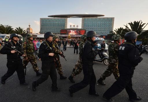 中国・昆明の無差別殺傷、逃亡していた容疑者3人を拘束