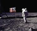 NASA、40年ぶり有人月面探査へ トランプ大統領が指示