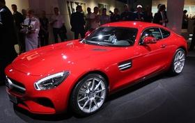 メルセデス・ベンツ、新型スポーツカー「AMG GT」発表