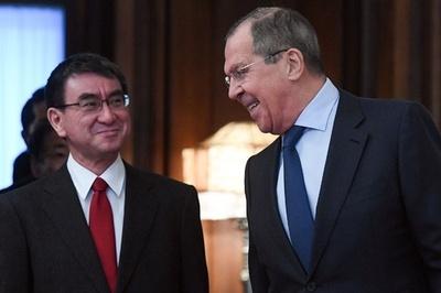 北方領土へのロシア主権「認めよ」 外相会談後にラブロフ氏