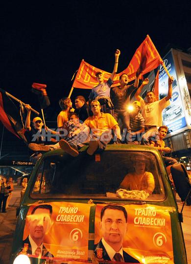 マケドニア総選挙、右派与党が圧勝