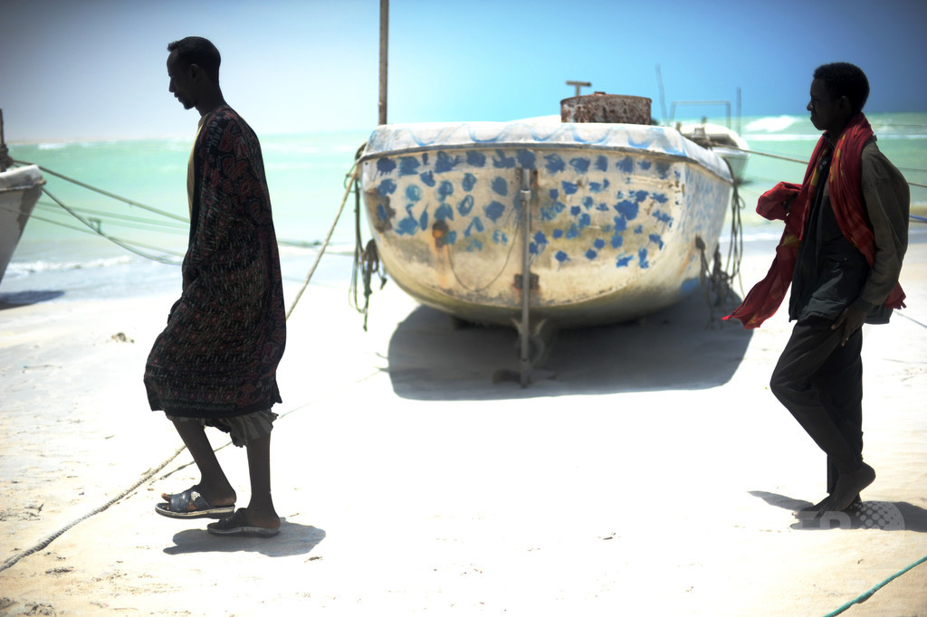 ソマリア沖で消息絶った漁船、海賊から逃げ切る 韓国外務省