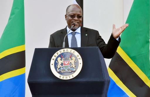 タンザニア大統領、自国の女性らに避妊をやめるよう呼び掛け
