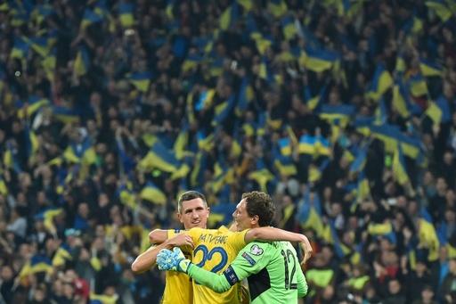 ウクライナが欧州選手権本戦へ、イングランド選手は再び差別被害に