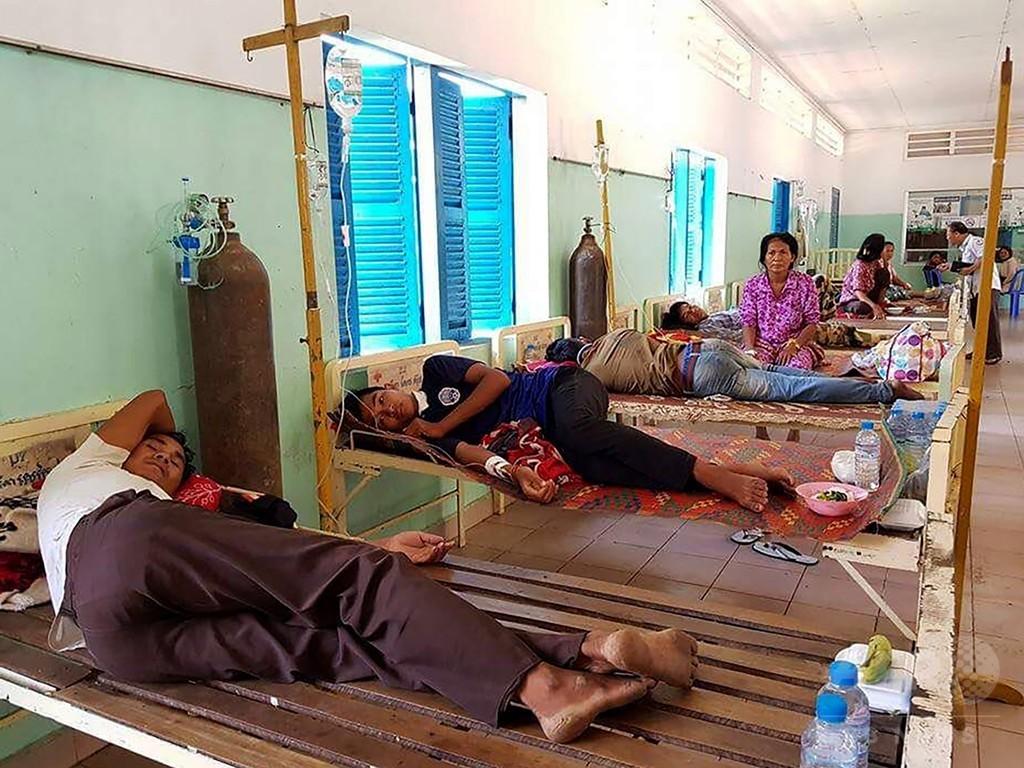 原因は自家製酒? カンボジアで有害物質摂取し13人死亡、約150人入院