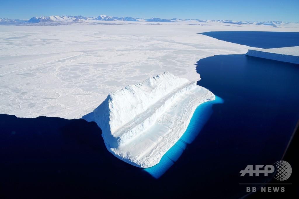 西南極の氷融解と世界の沿岸地域への影響、専門家が解説