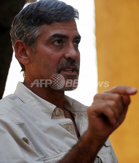 ジョージ・クルーニー、スーダンでマラリアに感染