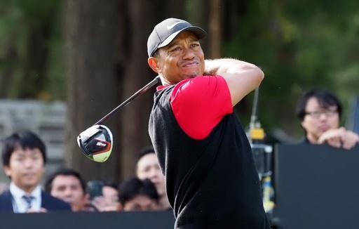 ゴルフの飛距離問題、ウッズがルールの「分岐」検討すべきと話す