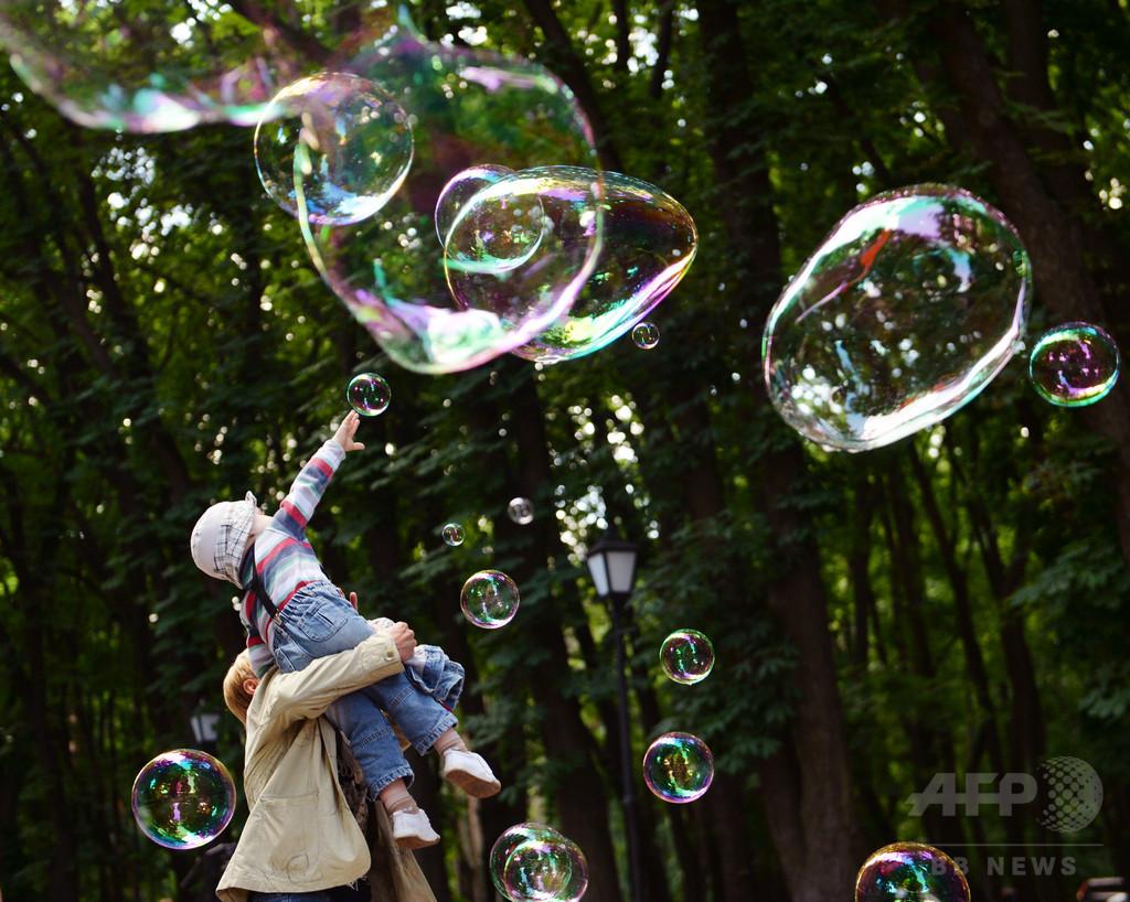 母親のホルモン異常、子どもの自閉症に関連 スウェーデン研究