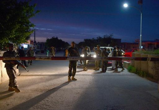 タリバンが軍基地を攻撃、死傷者100人以上 アフガニスタン