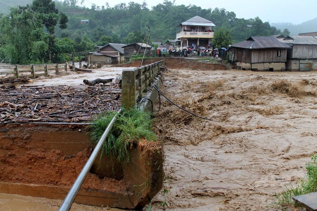 気象災害死者数、20年で60万人 国連報告書