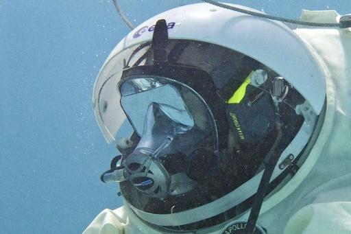 宇宙飛行士の潜水訓練、無重力を疑似体験