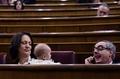 生後5か月の赤ちゃん連れ登院、スペイン議員に賛否両論