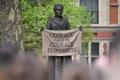 英国会前広場に初の女性像、参政権100年 運動家像建立