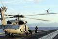 米原子力空母にヘリ墜落、複数の負傷者 フィリピン海